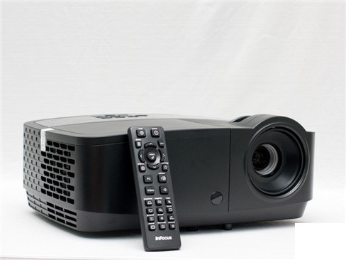 Đánh giá InFocus IN112A - máy chiếu độ sáng cao, giá mềm