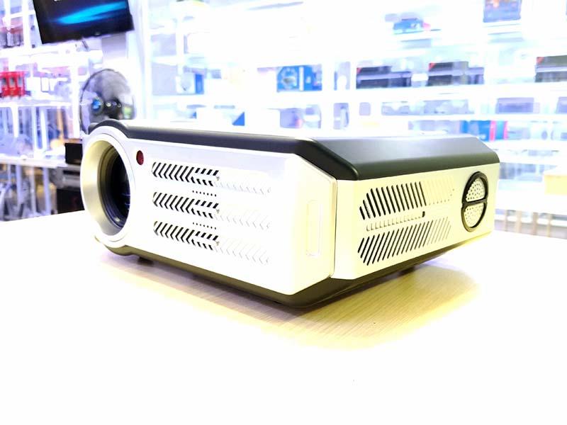 Máy chiếu Tyco T7 Plus